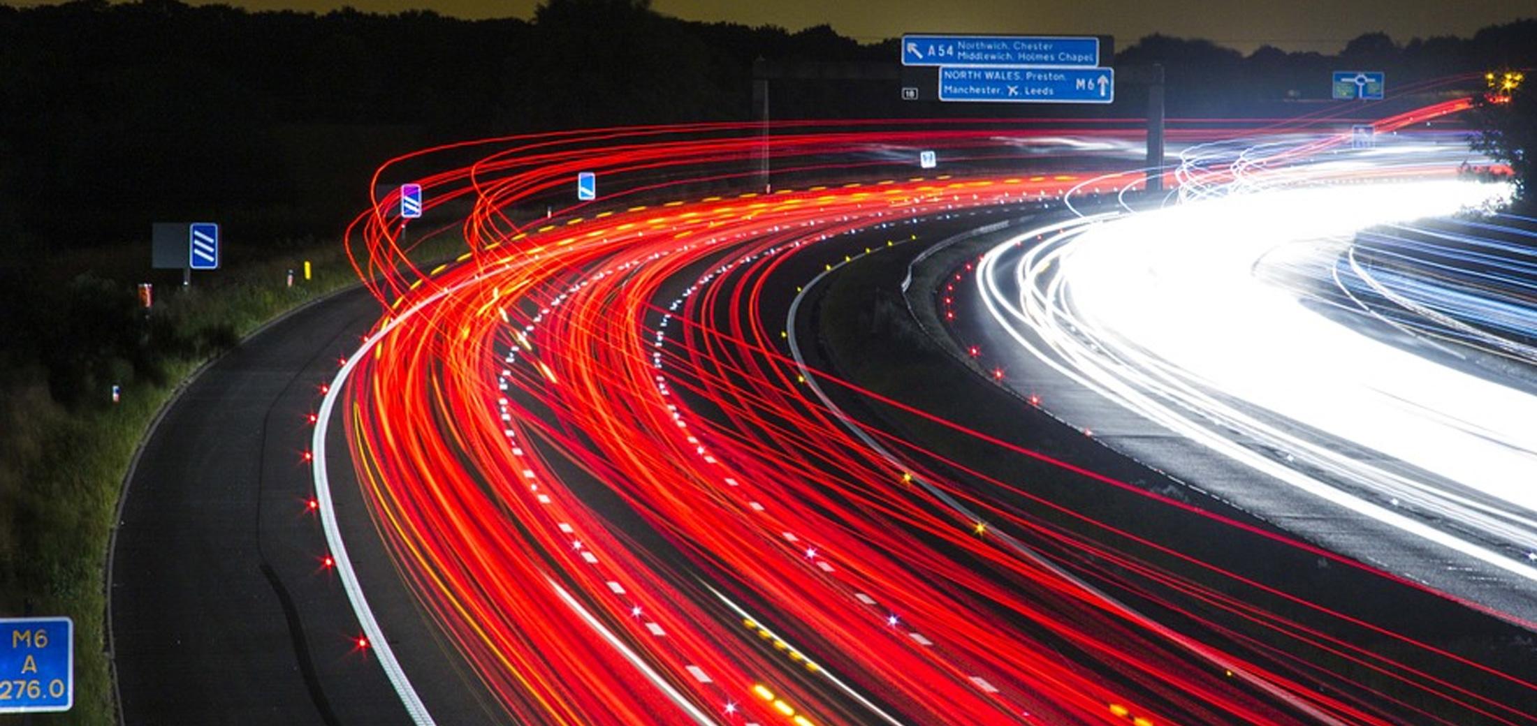 Freie Fahrt auf Autobahn